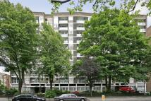 2 bed Flat to rent in Lords View I...