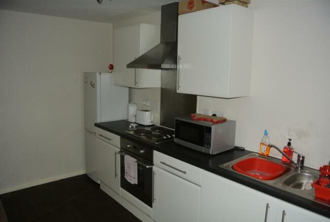 Open Plan Lounge/ Kitchen Area