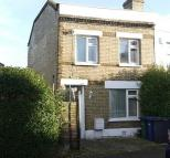 2 bed End of Terrace property in Trinity Road, London, N2