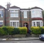 3 bedroom Maisonette in LESLIE ROAD, London, N2