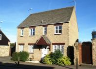 2 bedroom semi detached home in Nichol Court, Faringdon...