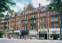 Flat to rent in KENSINGTON HIGH STREET...