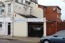 Garage in Colney Hatch Lane...
