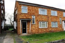 2 bed Flat for sale in Bush Close, Newbury Park...