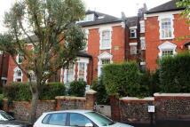 2 bedroom Flat in Wolseley Road...