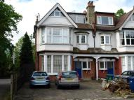 Flat for sale in Moss Hall Grove...