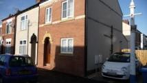 End of Terrace property in Raglan Street, Hull, HU5