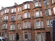 Flat to rent in Aberdour Street, Glasgow...