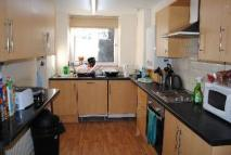 House Share in Manor Drive, Hyde Park...