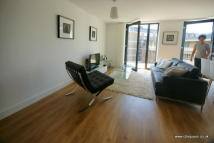 3 bedroom Flat to rent in Fairmont House...