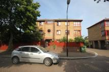 2 bed Flat in Timber Pond Road, London...