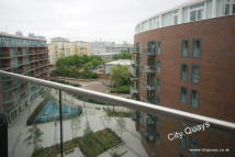 2 bed Flat to rent in Montreal House...
