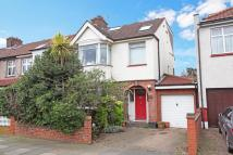 4 bed End of Terrace property for sale in Manton Avenue, Hanwell...