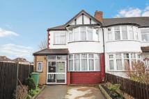 4 bed End of Terrace house in Ribchester Avenue...