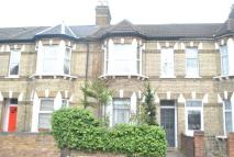 Flat to rent in Lower Boston Road...