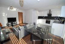 Flat in Kings Avenue, Greenford...