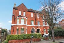 2 bed Flat in Shakespeare Road...