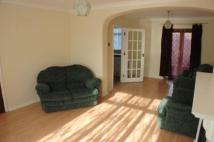 5 bedroom semi detached property to rent in The Greenway, Epsom, KT18