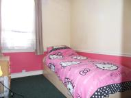 1 bed Terraced home to rent in WEST STREET, Epsom, KT17