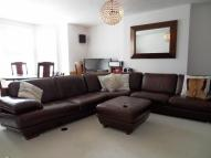 2 bed Flat in The Avenue, Surbiton...