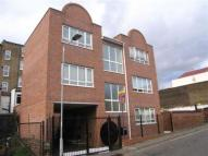 Flat to rent in Birkbeck Mews, Dalston...