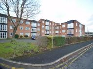 Flat to rent in Cross Street, Whitefield...
