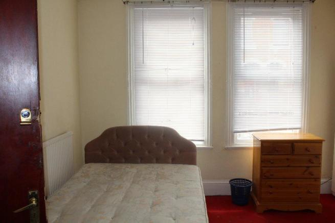 Lounge/Bedroom one