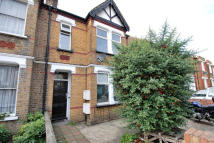 3 bed Flat for sale in Greenford Avenue...
