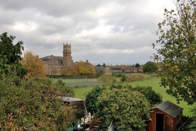 Leafy Views over Cuckoo Park
