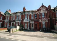 Flat to rent in King Street, Southport...