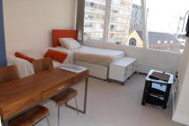 Apartment to rent in Kenyons Steps, Liverpool...