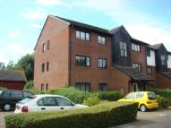 2 bed Flat for sale in Hayes, Middlesex, UB4