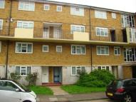 Flat for sale in Hayes, Middlesex, UB3