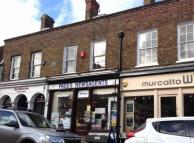Maisonette to rent in High Street, Cranbrook...
