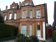Flat to rent in Newlands Park, SE26
