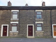 Terraced house to rent in Manor Park Road Glossop...