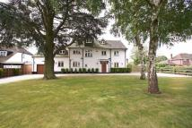 7 bed Detached house in Barnet Wood Road, BR2...