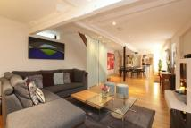 4 bed Barn Conversion in Percy Road, London, N12