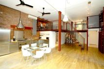 1 bed Flat to rent in Waterloo Loft...