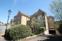 Flat in Catherine Place, Harrow