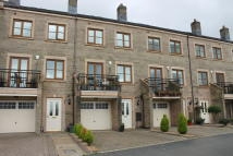 3 bed Town House to rent in Lodge View...