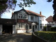 5 bed Detached home to rent in Purley, Surrey