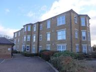 3 bed Flat to rent in Epsom, Surrey