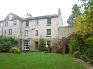 5 bedroom semi detached property to rent in Ashurstwood...