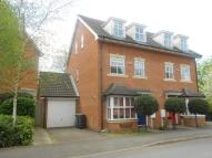 4 bed semi detached home in Redhill, Surrey