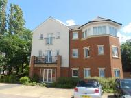 Flat to rent in Dorking, Surrey
