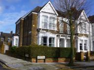 2 bedroom Flat to rent in Kempe Road, Queens Park...