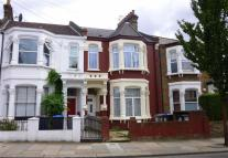 Flat to rent in Linden Avenue, London...