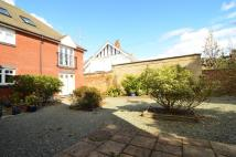 2 bed Ground Flat for sale in Stokewood Road...