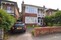 2 bedroom property in Fitzharris Avenue...